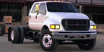 2000 Ford Super Duty F-750 Overview - iSeeCars.com